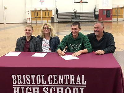 bristol-centrals-lemke-signs-to-play-soccer-at-elms-college