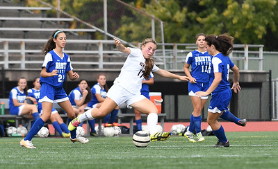 sports-roundup-bristol-eastern-girls-soccer-cant-hang-onto-lead-in-loss-to-middletown