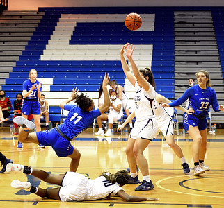 after-long-uncertain-offseason-ccsu-womens-basketball-glad-to-be-back-on-court