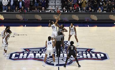 uconn-among-teams-to-use-mohegan-sun-arena-as-bubble-for-early-college-basketball-season