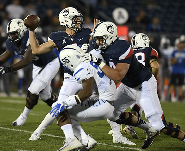 uconn-football-looking-to-bounce-back-after-horrible-performance-against-memphis