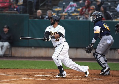 new-britain-bees-pound-out-franchiserecord-18-hits-in-rout-of-york