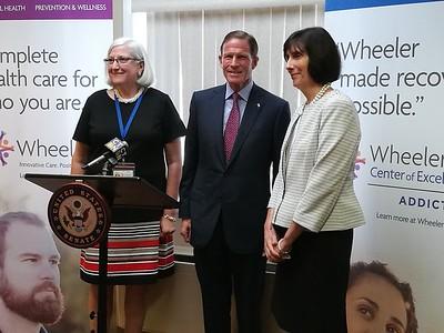 senator-blumenthal-visits-wheeler-speaks-on-opioid-grant