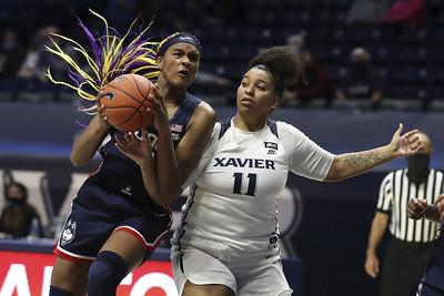 uconn-womens-basketballs-edwards-not-worried-about-freshman-wall