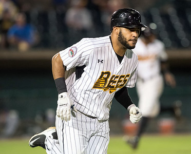 with-bigger-bases-this-season-new-britain-bees-ford-will-have-green-light-to-steal