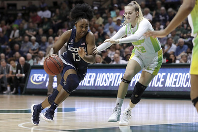 uconn-women-fall-out-of-ap-top-five-for-first-time-in-13-years
