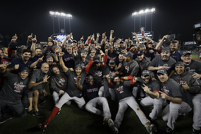 bostons-market-red-sox-fans-roar-for-another-world-series-title-in-la