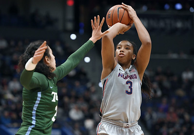 uconn-womens-basketball-wins-share-of-aac-title-with-rout-of-tulane