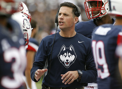 former-uconn-football-head-coach-diaco-set-to-become-purdues-defensive-coordinator