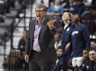 uconn-has-reservations-about-new-aac-media-deal-with-espn