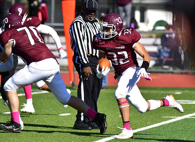 sophomore-quarterback-rosa-leads-bristol-central-football-to-dominant-victory-over-highlyregarded-windsor