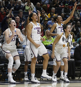 uconn-womens-basketball-seniors-williams-nurse-exited-final-game-at-gampel-pavilion-to-welldeserved-standing-ovation