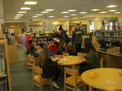 bristol-bits-girls-of-bristol-central-basketball-help-out-at-library