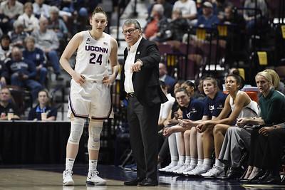 uconn-womens-basketball-ranked-no-3-in-preseason-poll-south-carolina-gets-top-spot