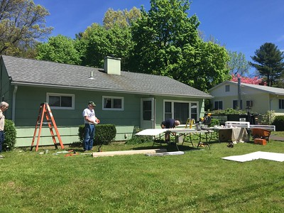 volunteers-come-together-to-help-plainville-veteran-with-home-repairs
