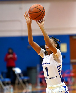 ccsu-womens-basketball-drops-fourth-straight-in-loss-to-sacred-heart