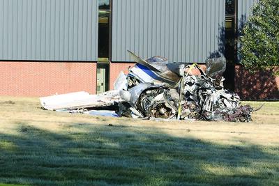 probe-continues-in-deadly-farmington-plane-crash